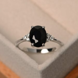 Black spinel ring, oval cut, black stone rings, promise ring silver,engraved ring | Natural genuine Spinel rings, simple unique handcrafted gemstone rings. #rings #jewelry #shopping #gift #handmade #fashion #style #affiliate #ad