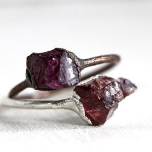 Garnet Ring – January Birthstone Ring – Copper Ring – Raw Crystal Ring – Natural Stone – Capricorn Gift | Natural genuine Garnet rings, simple unique handcrafted gemstone rings. #rings #jewelry #shopping #gift #handmade #fashion #style #affiliate #ad