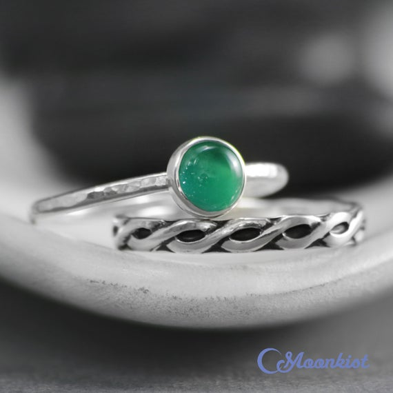 Green Onyx Wedding Ring Set,  Celtic Endless Knot Wedding, Sterling Silver, Solitaire Engagement Ring, Onyx Promise Ring, Green Birthstone