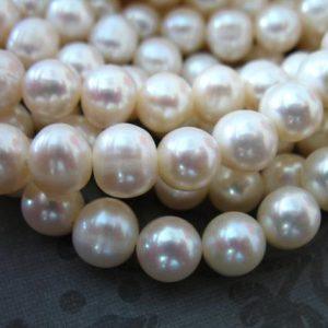 1/2 Strand, Loose Pearls Beads, 7-8 mm Round White Pearls, Freshwater Pearls, Cultured Pearls, June birthstone brides bridal rp pearl 788 z | Natural genuine beads Gemstone beads for beading and jewelry making.  #jewelry #beads #beadedjewelry #diyjewelry #jewelrymaking #beadstore #beading #affiliate #ad