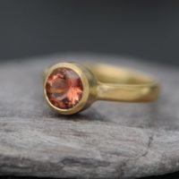 Oregon Sunstone Ring In 18k Gold – Peach Gemstone Solitaire Ring | Natural genuine Gemstone jewelry. Buy crystal jewelry, handmade handcrafted artisan jewelry for women.  Unique handmade gift ideas. #jewelry #beadedjewelry #beadedjewelry #gift #shopping #handmadejewelry #fashion #style #product #jewelry #affiliate #ad