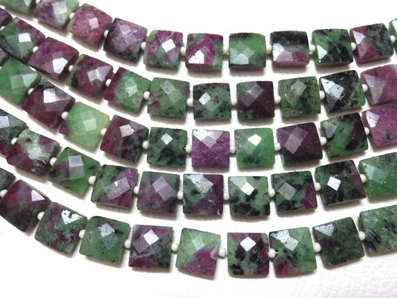 """Aaa Grade Ruby Zoisite Faceted Square Shape Briolette Beads, Size 7-10 Mm, 8"""" Strand Length, Super Quality Gems For Jewellery"""