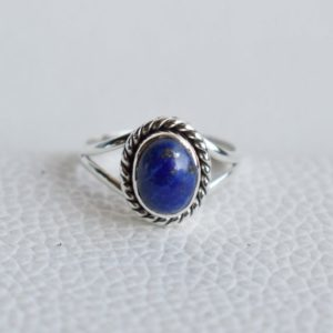 Natural Lapis Lazuli Ring-Handmade Silver Ring-925 Sterling Silver Ring-Oval Lapis Lazuli Ring-Gift for her-Taurus Birthstone-Promise Ring | Natural genuine Lapis Lazuli rings, simple unique handcrafted gemstone rings. #rings #jewelry #shopping #gift #handmade #fashion #style #affiliate #ad