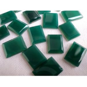 Shop Onyx Cabochons! 8×11-9x12mm Green Onyx Table Cut Stones, Green Onyx Faceted Gemstone, Green Onyx For Jewelry, 5 Pieces Green Onyx Gems – PP291 | Natural genuine stones & crystals in various shapes & sizes. Buy raw cut, tumbled, or polished gemstones for making jewelry or crystal healing energy vibration raising reiki stones. #crystals #gemstones #crystalhealing #crystalsandgemstones #energyhealing #affiliate #ad