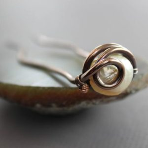 Shop Gemstone Hair Clips & Pins! Sturdy hair fork pin with white pearl, Bridal hair accessory, Copper pin, Hair pin, White pearl hair fork, Hair jewelry, Hair slide – HP045   Natural genuine Gemstone jewelry. Buy handcrafted artisan wedding jewelry.  Unique handmade bridal jewelry gift ideas. #jewelry #beadedjewelry #gift #crystaljewelry #shopping #handmadejewelry #wedding #bridal #jewelry #affiliate #ad