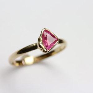 Pink Sapphire Engagement Ring 14k Yellow Gold Trillion Cut Boho Organic Accent Bright Color Sugar Sweet Elegant Triangle Bridal – Zuckerecke | Natural genuine Gemstone rings, simple unique alternative gemstone engagement rings. #rings #jewelry #bridal #wedding #jewelryaccessories #engagementrings #weddingideas #affiliate #ad