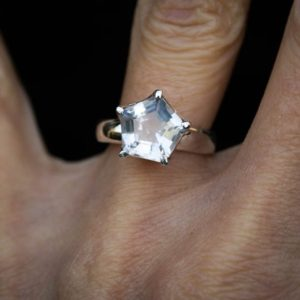 Shop Quartz Crystal Rings! Crystal Quartz Ring Size 5 – 7.5 – Clear Quartz Pentagram Ring – Crystal Pentagram Ring – Crystal Quartz Pentagon Ring Quartz – Pentagram | Natural genuine Quartz rings, simple unique handcrafted gemstone rings. #rings #jewelry #shopping #gift #handmade #fashion #style #affiliate #ad