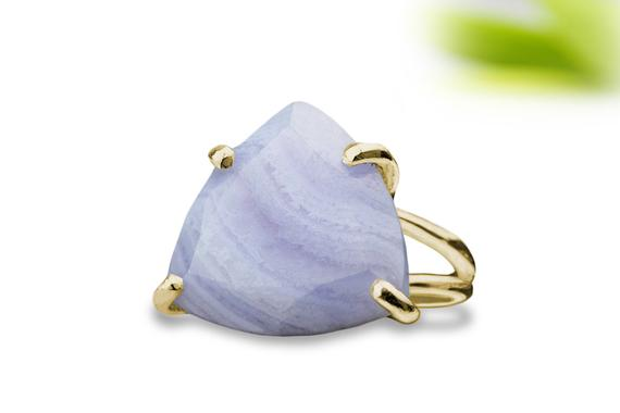 14k Gold Agate Ring,lace Agate Ring,blue Agate Ring,trillion Ring,triangle Ring,semiprecious Ring,gold Ring,gold Filled Ring,gemstone Ring