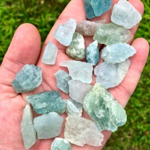 Raw Aquamarine Crystal – Raw Aquamarine Stone – Aquamarine Raw – Healing Crystals and stones – raw aquamarine – Throat Chakra Crystals | Natural genuine stones & crystals in various shapes & sizes. Buy raw cut, tumbled, or polished gemstones for making jewelry or crystal healing energy vibration raising reiki stones. #crystals #gemstones #crystalhealing #crystalsandgemstones #energyhealing #affiliate #ad