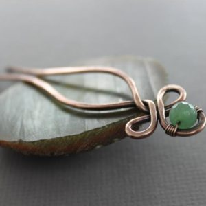 Celtic knot hair fork pin with green aventurine stone, Gemstone hair fork, Hair pin, Celtic hair stick, Hair accessory – HP015 | Natural genuine stones & crystals in various shapes & sizes. Buy raw cut, tumbled, or polished gemstones for making jewelry or crystal healing energy vibration raising reiki stones. #crystals #gemstones #crystalhealing #crystalsandgemstones #energyhealing #affiliate #ad