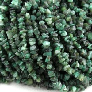 "16"" Natural Emerald Chip Bead,Uncut Chip Bead,5-7 MM,Polished Beads,Smooth Emerald Chip Bead,Emerald gemstone,making Jewelry,Wholesale Price 