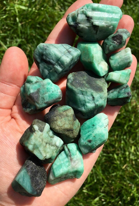 Shop Emerald Crystals