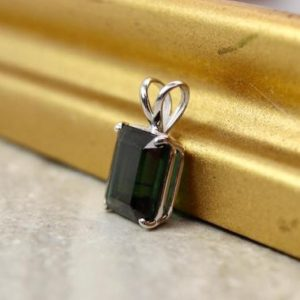 Estate 14k Green Tourmaline Pendant, 14k white gold, October birthstone, large green tourmaline pendant | Natural genuine Green Tourmaline pendants. Buy crystal jewelry, handmade handcrafted artisan jewelry for women.  Unique handmade gift ideas. #jewelry #beadedpendants #beadedjewelry #gift #shopping #handmadejewelry #fashion #style #product #pendants #affiliate #ad
