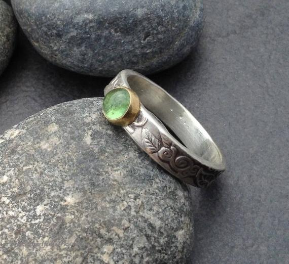 Green Tourmaline Ring, Round Stone Set In An 18 Karat Gold Bezel, Thick Textured Sterling Silver Band Leaf Vine Design, Size 8 And 3/4