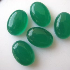 Shop Onyx Cabochons! 10 Pieces 14x10mm Each Green Onyx Oval Shaped Smooth Flat Back Loose Cabochons BB189 | Natural genuine stones & crystals in various shapes & sizes. Buy raw cut, tumbled, or polished gemstones for making jewelry or crystal healing energy vibration raising reiki stones. #crystals #gemstones #crystalhealing #crystalsandgemstones #energyhealing #affiliate #ad