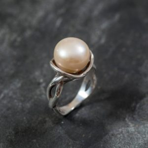 White Pearl Ring, Promise Ring, Natural Pearl, June Birthstone, Real Pearl Engagement Ring, Antique Rings, Unique Ring, Sterling Silver Ring | Natural genuine Gemstone rings, simple unique alternative gemstone engagement rings. #rings #jewelry #bridal #wedding #jewelryaccessories #engagementrings #weddingideas #affiliate #ad