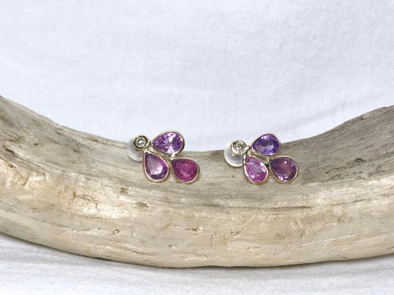 14 Kt Yellow Gold Natural Pinkish Violet Sapphire (4.20 Ct) Earrings, Appraised 1,421 Usd