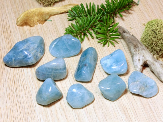 Aquamarine Natural Blue Tumbled Stones Polished Pocket Stones Healing Protecting Courage Strength Throat Chakra March Birthstone Gift 51040