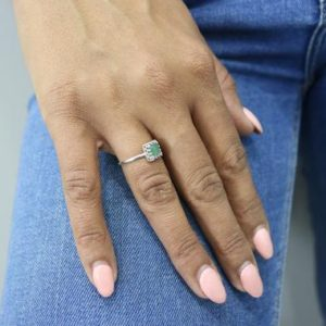 Green aventurine ring,aventurine crystal ring,pain healing rings,gemstone ring,thin rings for women,sterling silver rings | Natural genuine Aventurine rings, simple unique handcrafted gemstone rings. #rings #jewelry #shopping #gift #handmade #fashion #style #affiliate #ad