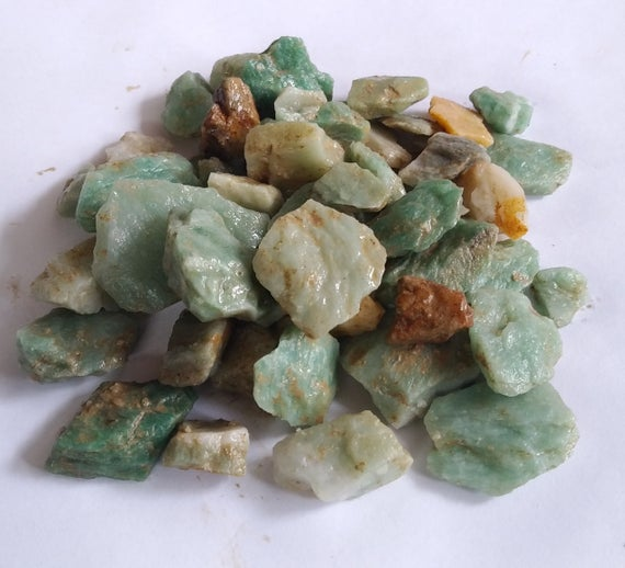 Green Aventurine - Raw Green Quartz - Rough And Raw Natural Stones