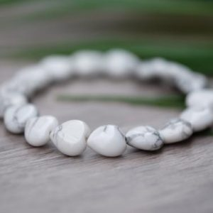 Shop Howlite Bracelets! CALMING Heart Shaped White Polished Howlite Bead Genuine Gemstone Bracelet | Natural genuine Howlite bracelets. Buy crystal jewelry, handmade handcrafted artisan jewelry for women.  Unique handmade gift ideas. #jewelry #beadedbracelets #beadedjewelry #gift #shopping #handmadejewelry #fashion #style #product #bracelets #affiliate #ad