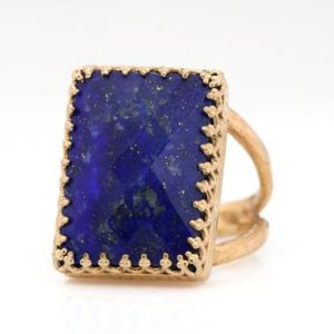 Shop Lapis Lazuli Jewelry! Lapis Lazuli ring,rose gold ring,gemstone ring,September birthstone ring,rectangle ring,large stone ring,Lapis ring for women | Natural genuine Lapis Lazuli jewelry. Buy crystal jewelry, handmade handcrafted artisan jewelry for women.  Unique handmade gift ideas. #jewelry #beadedjewelry #beadedjewelry #gift #shopping #handmadejewelry #fashion #style #product #jewelry #affiliate #ad