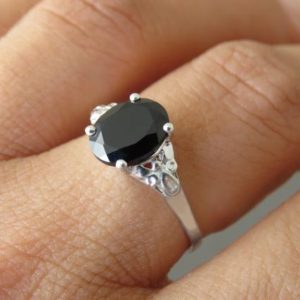 Shop Spinel Rings! Oval Silver Sing, Black engagement ring, Vintage Style Ring, Black ring, Spinel ring, solitaire Ring, Black Stone Ring, Black Silver Ring. | Natural genuine Spinel rings, simple unique alternative gemstone engagement rings. #rings #jewelry #bridal #wedding #jewelryaccessories #engagementrings #weddingideas #affiliate #ad