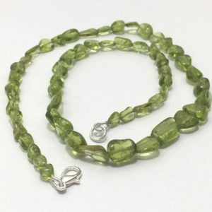 """Shop Peridot Chip & Nugget Beads! 134 Carat Natural Peridot Smooth Nuggets 20""""/Gemstone Beads/ Natural Peridot/ 92.5 Silver Clasp/Natural Beads 