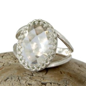 Shop Quartz Crystal Jewelry! Delicate Oval Ring, silver Ring, crystal Quartz Ring, gemstone Ring, bridal Ring, bridesmaid Gifts, mom Ring, daugther Ring | Natural genuine Quartz jewelry. Buy handcrafted artisan wedding jewelry.  Unique handmade bridal jewelry gift ideas. #jewelry #beadedjewelry #gift #crystaljewelry #shopping #handmadejewelry #wedding #bridal #jewelry #affiliate #ad