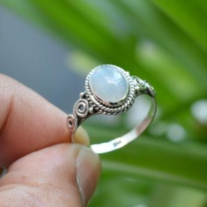 Moonstone Ring | Moonstone Engagement Ring | Rainbow Moonstone Ring | 7×9 mm Oval Moonstone Ring | Sterling Silver Moonstone Ring | Natural genuine Gemstone rings, simple unique alternative gemstone engagement rings. #rings #jewelry #bridal #wedding #jewelryaccessories #engagementrings #weddingideas #affiliate #ad