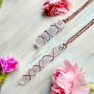 Raw Selenite crystal pendant, Selenite necklace in Copper, Small or long Selenite sticks | Natural genuine Gemstone necklaces. Buy crystal jewelry, handmade handcrafted artisan jewelry for women.  Unique handmade gift ideas. #jewelry #beadednecklaces #beadedjewelry #gift #shopping #handmadejewelry #fashion #style #product #necklaces #affiliate #ad