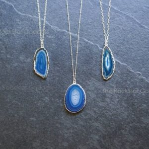 Agate Necklace / Silver Druzy Necklace / Geode Necklace / Druze Necklace / Agate Pendant / Agate Jewelry | Natural genuine Agate pendants. Buy crystal jewelry, handmade handcrafted artisan jewelry for women.  Unique handmade gift ideas. #jewelry #beadedpendants #beadedjewelry #gift #shopping #handmadejewelry #fashion #style #product #pendants #affiliate #ad