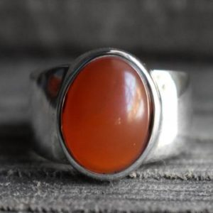 Shop Carnelian Rings! Carnelian Ring, 925 Silver Ring, mens Ring, carnelian Mens Ring, unisex Ring, carnelian Gemstone Ring, oval Shape Ring, natural Carnelian Ring | Natural genuine Carnelian mens fashion rings, simple unique handcrafted gemstone men's rings, gifts for men. Anillos hombre. #rings #jewelry #crystaljewelry #gemstonejewelry #handmadejewelry #affiliate #ad
