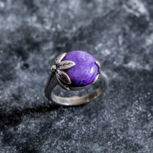 Shop Charoite Jewelry! Leaf Ring, Charoite Ring, Natural Charoite, Purple Ring, Vintage Ring, Scorpio Birthstone, Purple Charoite Ring, Solid Silver Ring, Charoite | Natural genuine Charoite jewelry. Buy crystal jewelry, handmade handcrafted artisan jewelry for women.  Unique handmade gift ideas. #jewelry #beadedjewelry #beadedjewelry #gift #shopping #handmadejewelry #fashion #style #product #jewelry #affiliate #ad