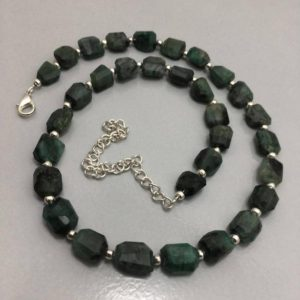 "Shop Emerald Chip & Nugget Beads! 140 Carats Emerald Faceted Tumble 8 to 11 mm 16 "" Necklace/Emerald Beads/Faceted Tumble Beads/Green Beds/Beaded Necklace 