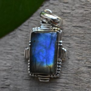 Shop Labradorite Pendants! 925 silver natural blue labradorite pendant-blue labradorite pendant-handmade pendant-blue labradorite pendant | Natural genuine Labradorite pendants. Buy crystal jewelry, handmade handcrafted artisan jewelry for women.  Unique handmade gift ideas. #jewelry #beadedpendants #beadedjewelry #gift #shopping #handmadejewelry #fashion #style #product #pendants #affiliate #ad