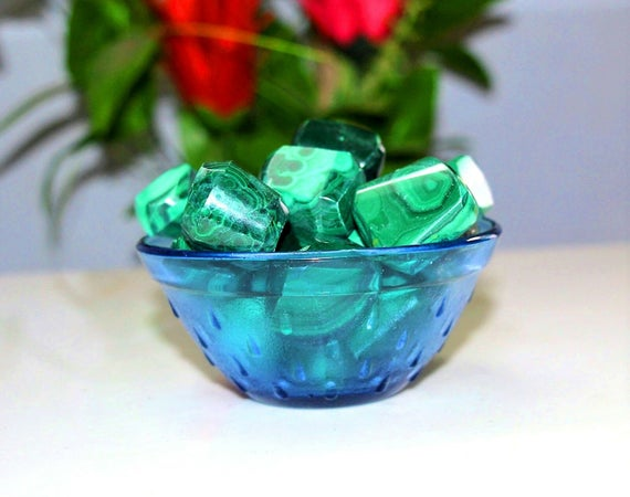 Natural 100% Pure Green Malachite 100gr Healing Reiki Power Charged Tumbled