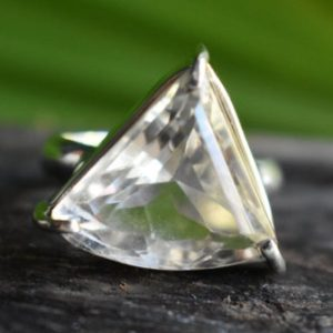 Shop Quartz Crystal Rings! 925 silver natural crystal quartz ring-crystal quartz ring-quartz ring-faceted crystal quartz ring-handmade ring-ring for women-design ring   Natural genuine Quartz rings, simple unique handcrafted gemstone rings. #rings #jewelry #shopping #gift #handmade #fashion #style #affiliate #ad