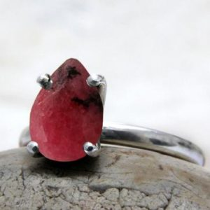 Shop Rhodonite Rings! Pink Rhodonite ring,teardrop ring,unique rings,pear cut ring,silver ring,stacking ring,gemstone ring,claw set ring | Natural genuine Rhodonite rings, simple unique handcrafted gemstone rings. #rings #jewelry #shopping #gift #handmade #fashion #style #affiliate #ad