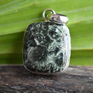 Shop Seraphinite Pendants! 925 silver natural seraphinite pendant-seraphinite pendant-green seraphinite pendant-natural gemstone-design pendant | Natural genuine Seraphinite pendants. Buy crystal jewelry, handmade handcrafted artisan jewelry for women.  Unique handmade gift ideas. #jewelry #beadedpendants #beadedjewelry #gift #shopping #handmadejewelry #fashion #style #product #pendants #affiliate #ad