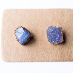 Shop Tanzanite Earrings! Raw tanzanite earrings | Tanzanite stud earrings | Tanzanite post earrings | Natural genuine Tanzanite earrings. Buy crystal jewelry, handmade handcrafted artisan jewelry for women.  Unique handmade gift ideas. #jewelry #beadedearrings #beadedjewelry #gift #shopping #handmadejewelry #fashion #style #product #earrings #affiliate #ad