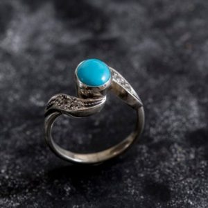 Shop Turquoise Rings! Turquoise Ring, Natural Turquoise, Vintage Ring, Arizona Turquoise, 2 Carats, Real Turquoise, Sleeping Beauty Turquoise, Solid Silver Ring | Natural genuine Turquoise rings, simple unique handcrafted gemstone rings. #rings #jewelry #shopping #gift #handmade #fashion #style #affiliate #ad