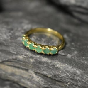 Emerald Gold Ring, Emerald Ring, Natural Emerald, May Birthstone, Gold Eternity Ring, Green Emerald Ring, Gold VintageRing, Stackable Ring | Natural genuine Array jewelry. Buy crystal jewelry, handmade handcrafted artisan jewelry for women.  Unique handmade gift ideas. #jewelry #beadedjewelry #beadedjewelry #gift #shopping #handmadejewelry #fashion #style #product #jewelry #affiliate #ad