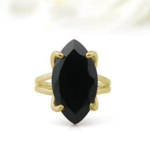 Shop Onyx Jewelry! Black marquise ring,black onyx ring,gold gemstone ring,gold ring,statement ring,black ring,cocktail ring,14k gold ring for women | Natural genuine Onyx jewelry. Buy crystal jewelry, handmade handcrafted artisan jewelry for women.  Unique handmade gift ideas. #jewelry #beadedjewelry #beadedjewelry #gift #shopping #handmadejewelry #fashion #style #product #jewelry #affiliate #ad