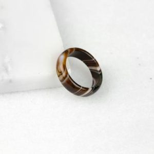 Botswana Agate Ring, Botswana Agate Stone, Brown Agate Ring, Botswana Agate Band, Brown Agate Band, Brown Stone Ring, Brown Stone Band | Natural genuine Array jewelry. Buy crystal jewelry, handmade handcrafted artisan jewelry for women.  Unique handmade gift ideas. #jewelry #beadedjewelry #beadedjewelry #gift #shopping #handmadejewelry #fashion #style #product #jewelry #affiliate #ad