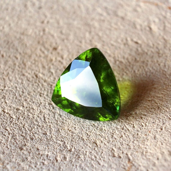 14.31ct Natural Green Tourmaline Loose Stone Big Size Faceted Trillion Cut Gemstone 16mm