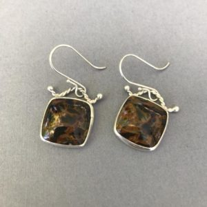 Pietersite earrings | Natural genuine Pietersite earrings. Buy crystal jewelry, handmade handcrafted artisan jewelry for women.  Unique handmade gift ideas. #jewelry #beadedearrings #beadedjewelry #gift #shopping #handmadejewelry #fashion #style #product #earrings #affiliate #ad