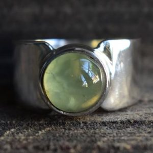 Shop Men's Gemstone Rings! prehnite mens ring,925 silver ring,natural prehnite ring,mens ring,unisex ring,mens prehnite ring,green prehnite ring,prehnite gemstone ring | Natural genuine Agate mens fashion rings, simple unique handcrafted gemstone men's rings, gifts for men. Anillos hombre. #rings #jewelry #crystaljewelry #gemstonejewelry #handmadejewelry #affiliate #ad