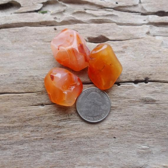 Three Red Carnelian Tumbled Stones 30-35mm Supplies For Jewelry Making Raw Gemstones Minerals Reiki Chakra Crystal Gride