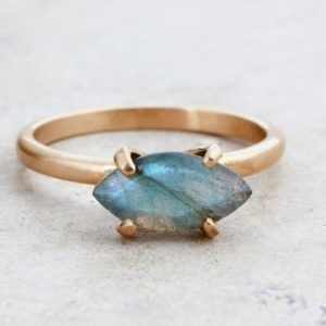 Rose gold ring,labradorite ring,Marquise ring,gemstone ring,marquise stone ring,stacking ring,rose gold stack ring | Natural genuine Array jewelry. Buy crystal jewelry, handmade handcrafted artisan jewelry for women.  Unique handmade gift ideas. #jewelry #beadedjewelry #beadedjewelry #gift #shopping #handmadejewelry #fashion #style #product #jewelry #affiliate #ad